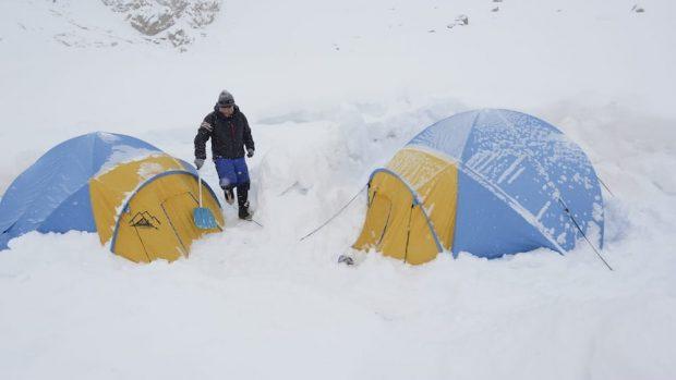 Sommersi dalla neve sul Nanga Parbat